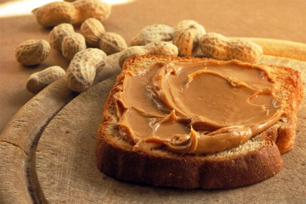 10 spreads to make a better peanut butter sandwich (or seed butter too!)
