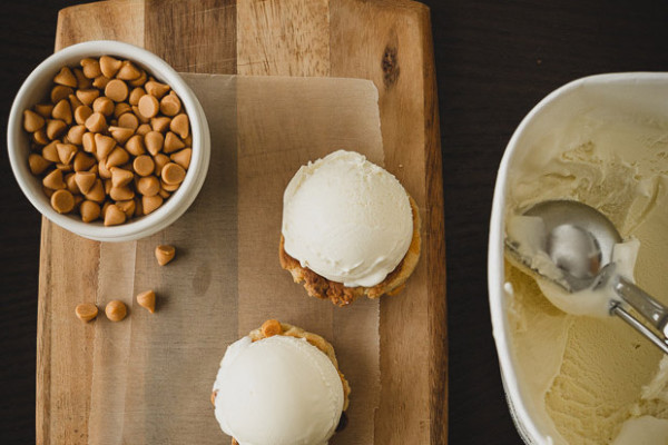 Best Ice Cream Sandwich Recipes: Butterscotch Chip Ice Cream Sandwiches