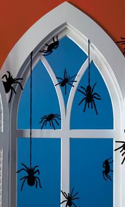 Martha Stewart: Now encouraging spider webs.