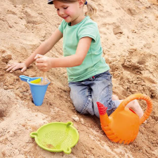 Haba beach toys: Not your ordinary shovel and pail