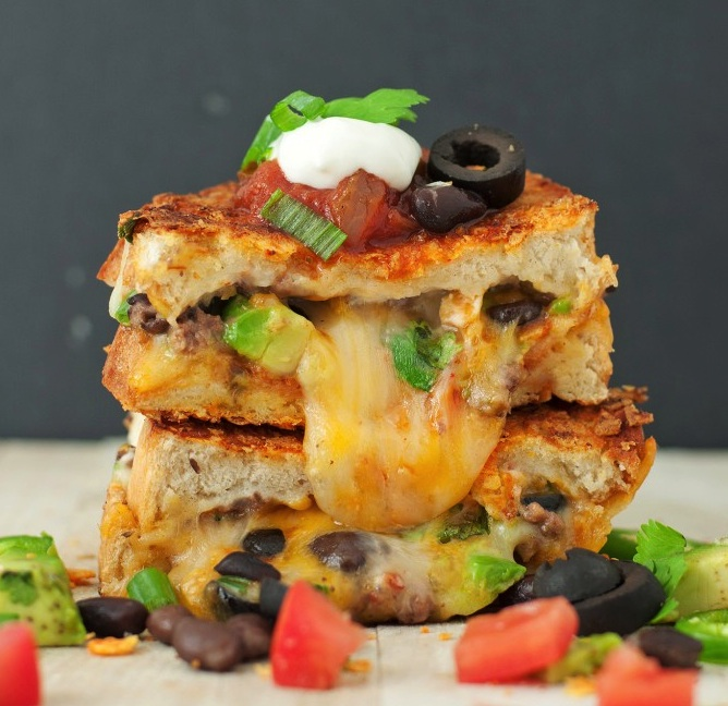 9 cheese-tastic grilled cheese recipes to celebrate National Grilled Cheese Month