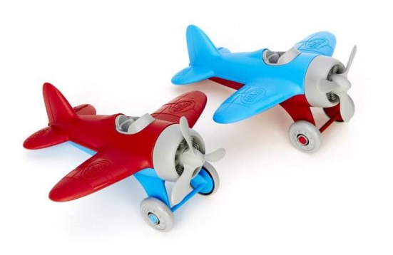 Planes, trains, and automobiles: 3 of the coolest eco-friendly toys this holiday
