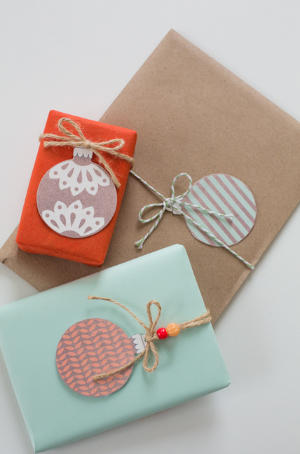 9 free, fabulous printable gift tags to top off your Christmas gifts