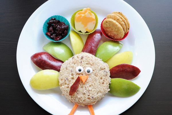 Thanksgiving treats for kids |Easy turkey shaped sandwich