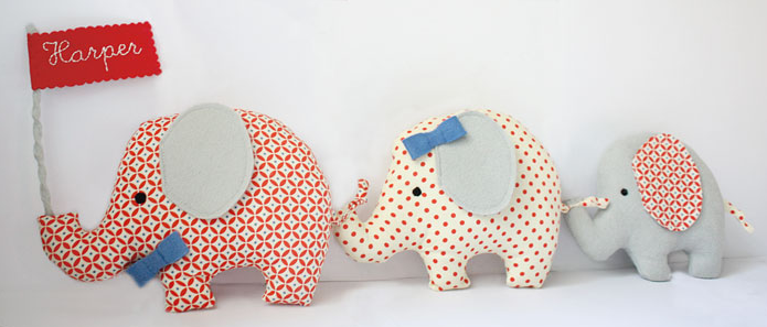 Personalized fabric elephant family | Cool Mom Picks