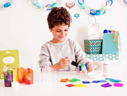 Hanukkah crafts for kids: one more thing off your plate with Kiwi Crate