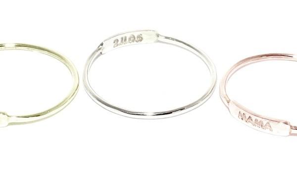 julian and co custom nameplate rings | cool mom picks