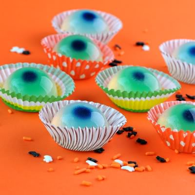 Web coolness – pumpkin carving goes high tech, and Jell-O shot recipes go underage.