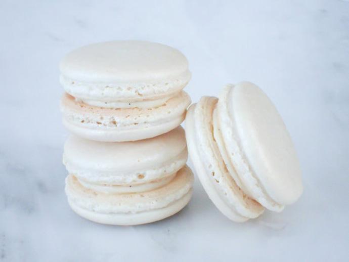 holiday gift: madagascar vanilla macarons