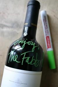 Graffiti wine bottle | cool mom picks