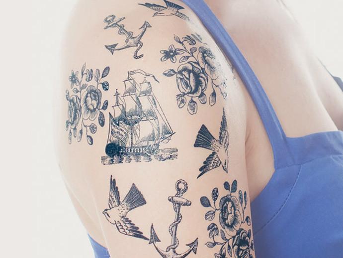holiday gift: nautical temporary tattoo set | cool mom picks
