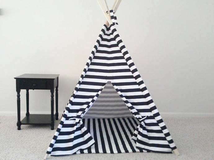 holiday gift: play tent | cool mom picks