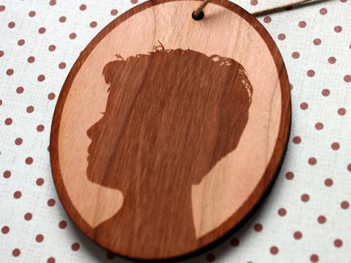 holiday gift: custom silhouette wood ornament | cool mom picks