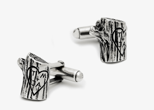 Valentine's gift: custom cufflinks | Cool Mom Picks