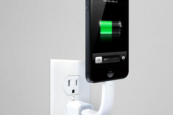 TRUNK posable iPhone charger | Cool Mom Picks