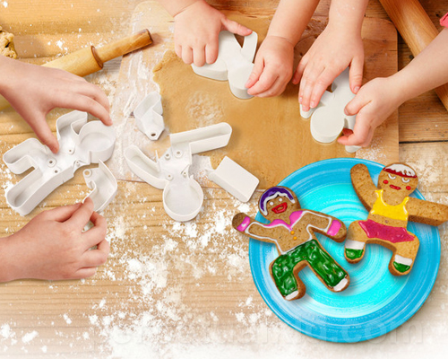 Gingerbread Men action figure cookie cutters | cool mom picks