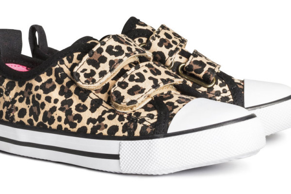 Safari-prints-for-kids-leopard-sneakers-at-H+M