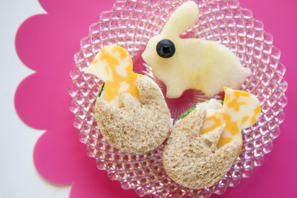 Healthy-Easter-treats-for-kids-Chick-+-Egg-mini-sandwich-recipes