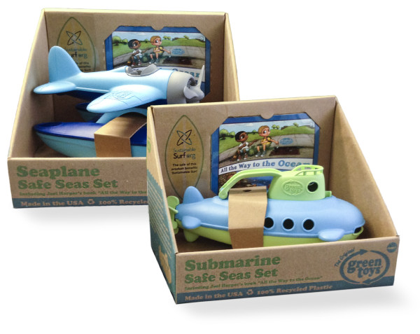 Earth Day picks: Green Toys Safe Seas sets | Cool Mom Picks