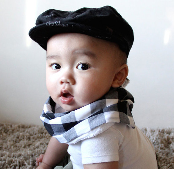 Scabib scarf style bibs for babies | Cool Mom Picks