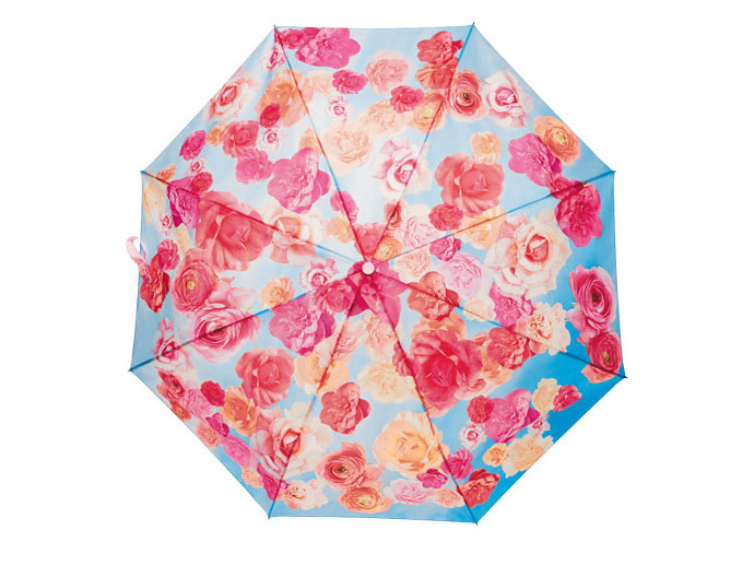 mother's day gift: floral umbrella supporting avon breast cancer crusade  | cool mom picks