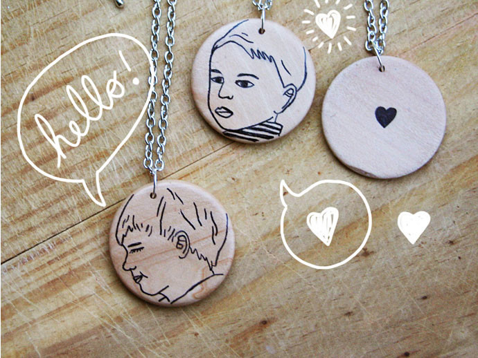 mother's day gift: illustrated custom pendant | cool mom picks