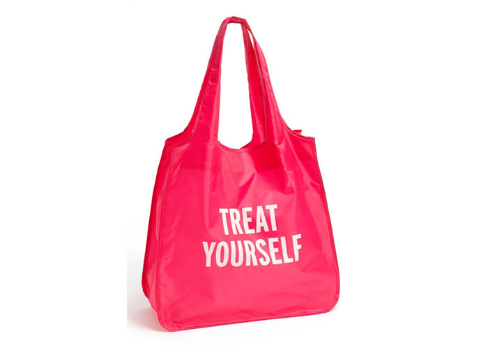 mother's day gift:  kate spade treat yourself reusable tote| cool mom picks