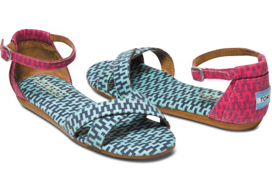 Jonathan Adler TOMS: Sandals | Cool Mom Picks