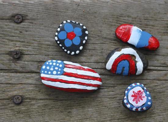 Memorial Day craft for kids: DIY Patriotic rocks | Cool Mom Picks