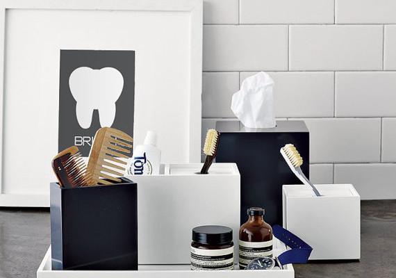 Bathroom manners prints | Cool Mom Picks