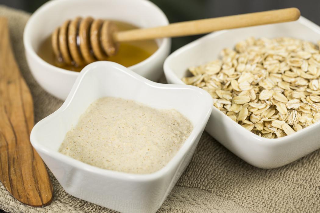 Homemade skin care recipes: Organic Oatmeal Cleansing Exfoliator