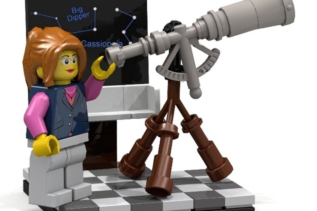 LEGO Female scientist minifigs via Cool Mom Tech