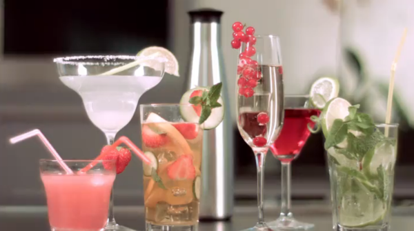 Mastrad Purefizz Soda Maker review | Cool Mom picks