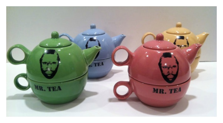 I pity the fool who doesn't like this Mr. T teapot set