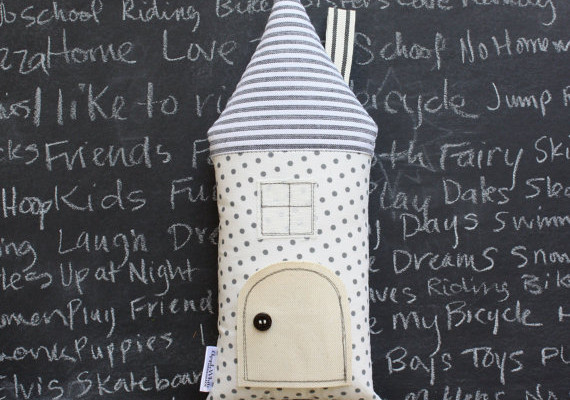AppleWhite tooth fairy pillow: homemade cottage