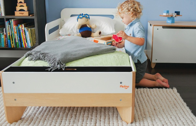 Kids' furniture: P'kolino toddler bed
