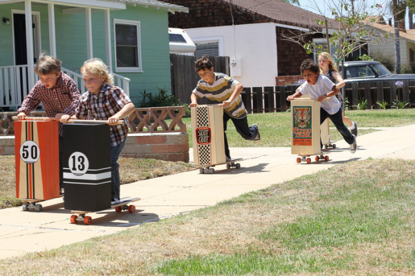 The Skate Crate scooter: like those old-fashioned roller skate scooters, but better!