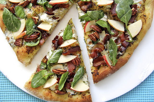 Savory apple recipes for dinner: Pesto Bacon Apple Pizza at Cafe Sucre Farine