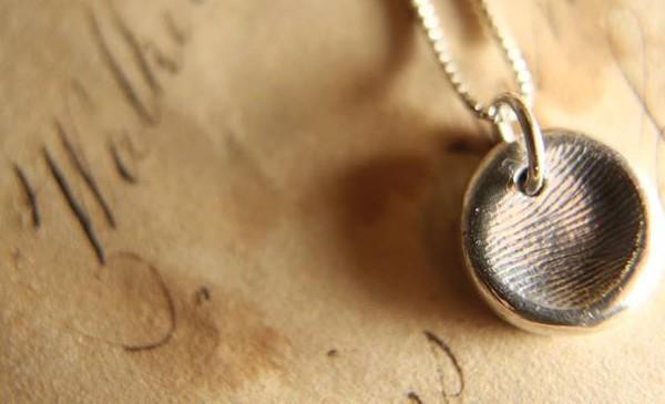Elegant thumbprint necklace - Jewel.re