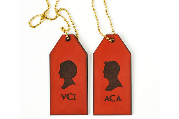 Silhouette leather luggage tags from LePapier Designs | Made in the USA gift ideas at coolmompicks.com