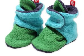Super cute color block baby booties, for days you reluctantly cover those toes at all