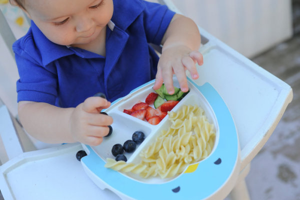 Adi stay-put toddler plate keeps food on the actual plate