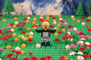 Web coolness – Movies recreated in LEGO, Halloween costumes to avoid, and the Brandy Melville debate