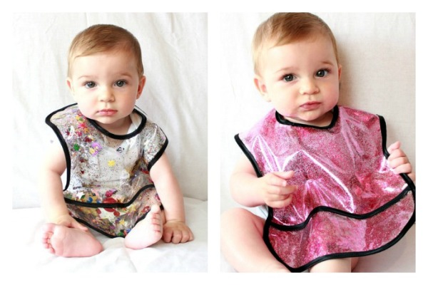Glitter baby bibs by Luna on the Moon: Perfect for holidays!