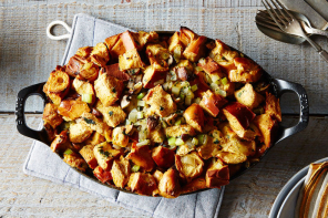Best ever Thanksgiving stuffing recipes: The essential Thanksgiving table: