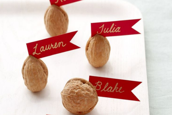 These Walnut place card holders are a fun DIY for a Thanksgiving table
