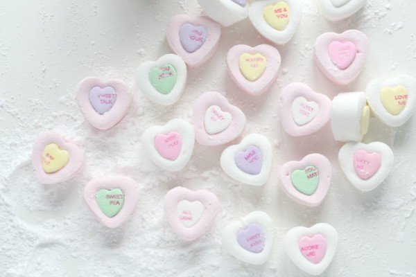 DIY Valentine's Day candy recipes: Conversation Heart Marshmallows | Passion 4 Baking