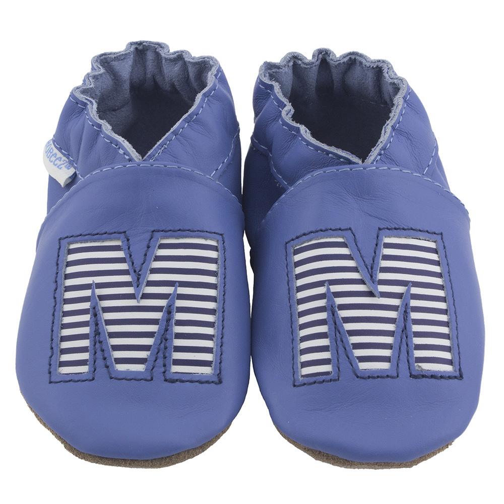 New monogrammed baby shoes from Robeez. This time it's personal.