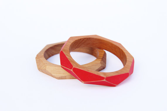 Geometric wooden bangles from New Zealand artist Gwyneth Hulse