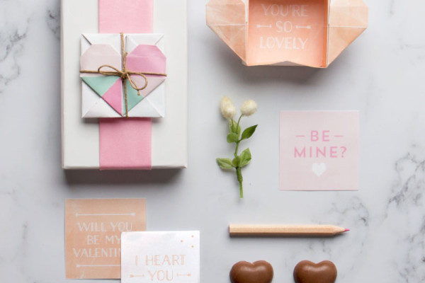Free printable surprise Valentines box by Tiny Me